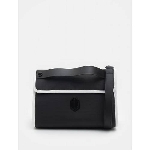 [빈폴골프] [NDL라인] 여성 블랙 매트 클러치 (BJ93D4L405)
